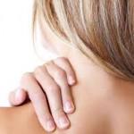 首が痛い!寝違えが起きる5つ原因と4つの改善方法!