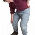 腰痛と共に感じる足のしびれの原因って?ストレッチの紹介など