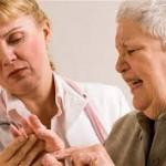 リウマチの初期症状をチェックしよう!指のしびれに要注意!