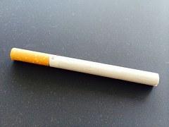 たばこ_1本