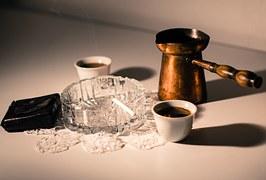 コーヒー、煙草