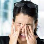 眼球が痛い原因を紹介!頭痛がある場合は危険?