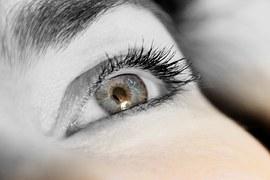 eyelashes-831801__180