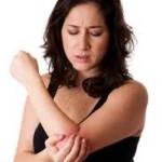 肘が痛い原因を紹介!内側と外側で痛み方が変わるのは病気?