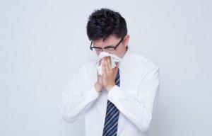 鼻をかむ1