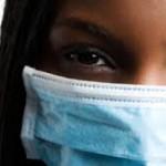 マスクをして寝ることの効果を紹介!肌やニキビには危険?