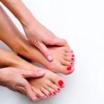 足が熱い原因は?その他の症状や病気の可能性を紹介!