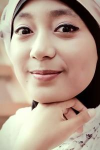 girl-247302_1280