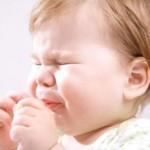 赤ちゃんの痰が絡む!注意点や対処方法は?
