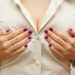 乳首がかゆい8つの原因は?乳がんの初期症状って本当?病気の可能性や症状について!