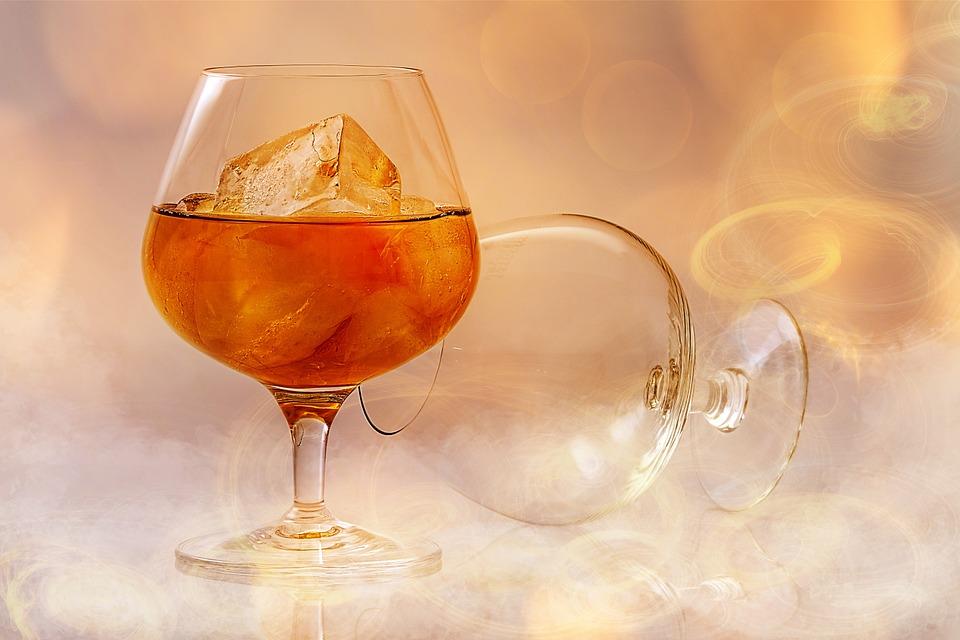 brandy-585796_960_720