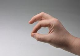 hand-1098531__180