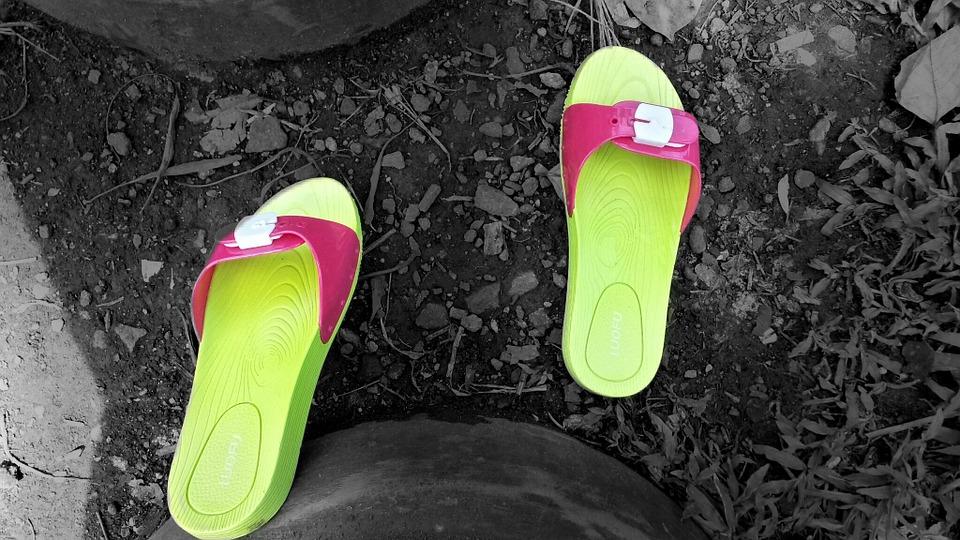 sandals-323455_960_720
