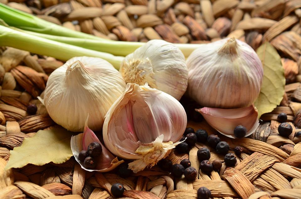 garlic-1336848_960_720