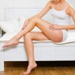 膝の黒ずみのケア方法とは?クリームやスクラブが有効?