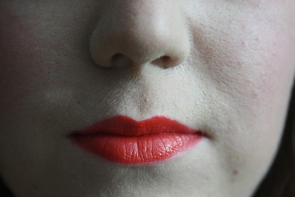lips-562555_960_720