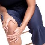 膝に水がたまる原因は?治療法や予防法を紹介!