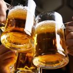 お酒に強くなるにはどうすればいい?お酒の弱さをチェックする方法も紹介!