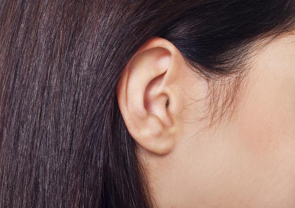 耳たぶ 腫れ