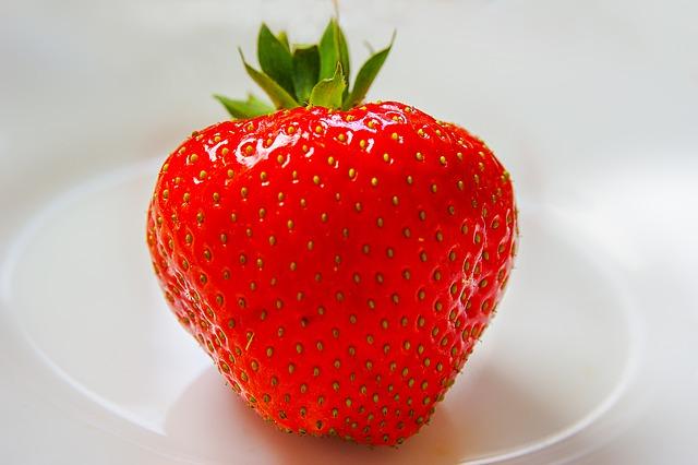 strawberry-361597_640