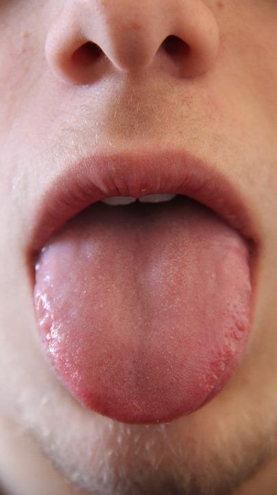 tongue-181725_960_720