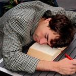 眠い病気って何?症状や原因、対処方法を紹介!