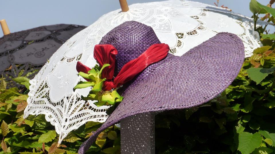 パラソル・帽子-140707_960_720