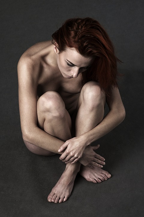 胃炎の女性