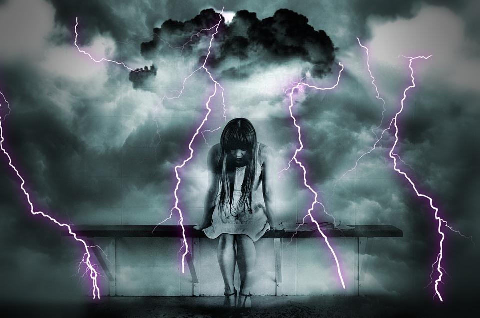 gloomy-1215256_960_720激痛