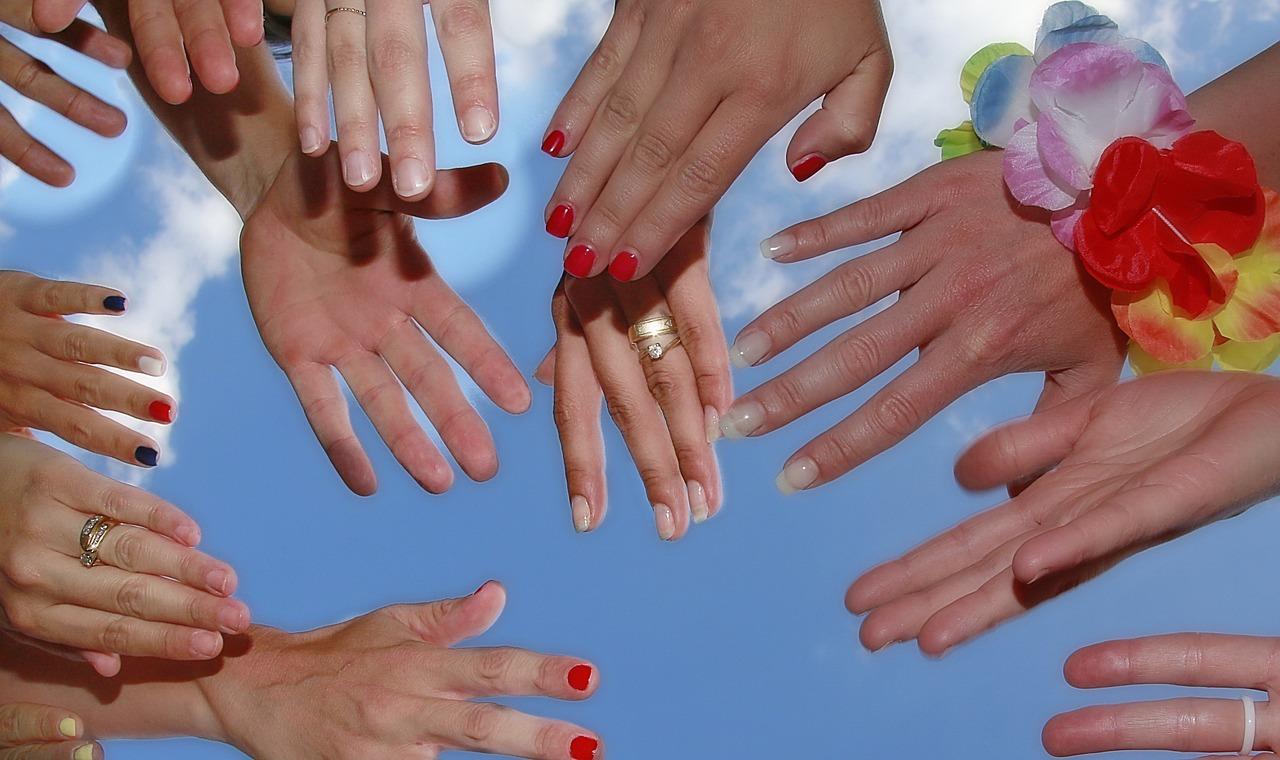 hand-1498936_1280