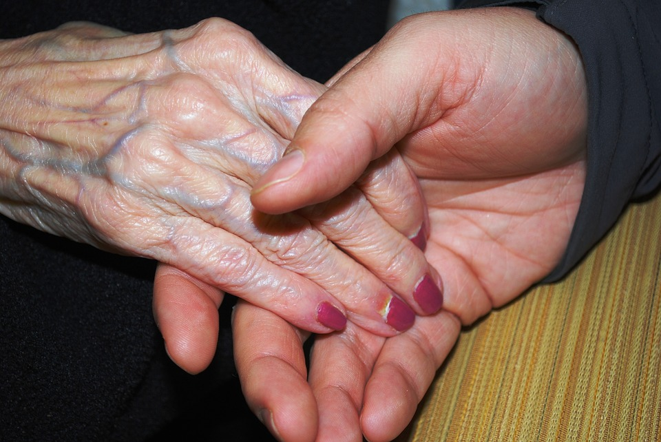 hands-578918_960_720