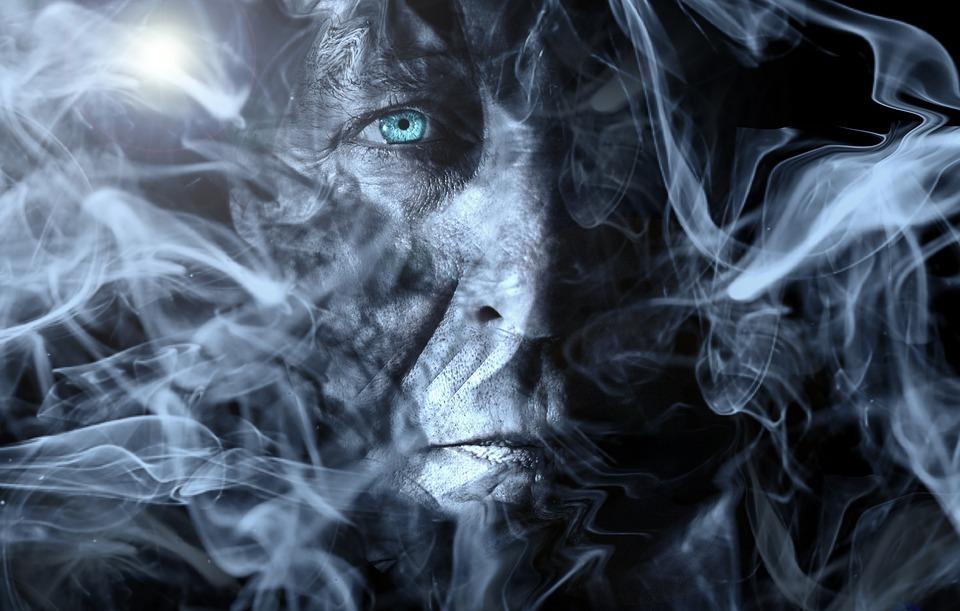 man-1519667_960_720タバコの煙