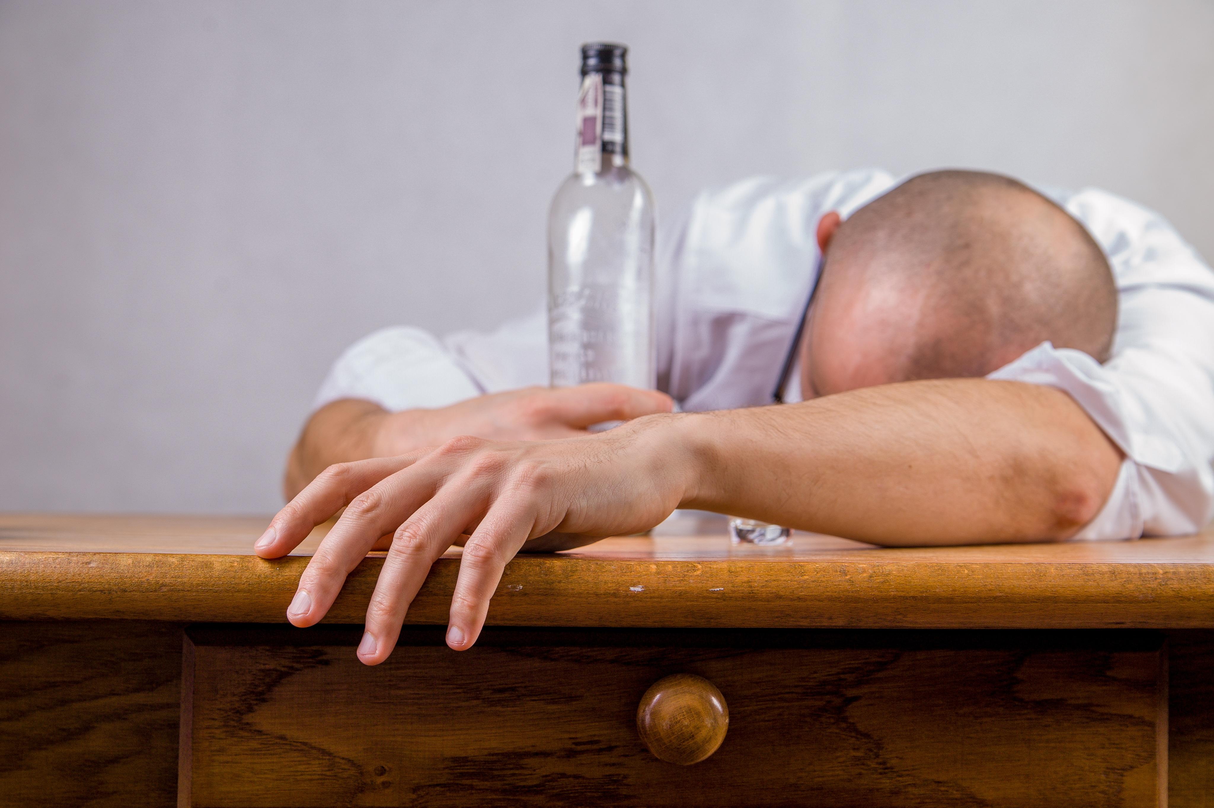 3アルコール依存