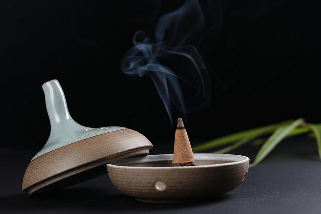 incense-525016_640