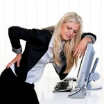 座ると腰が痛い!考えられる原因を知ろう!解消するためのストレッチも紹介!