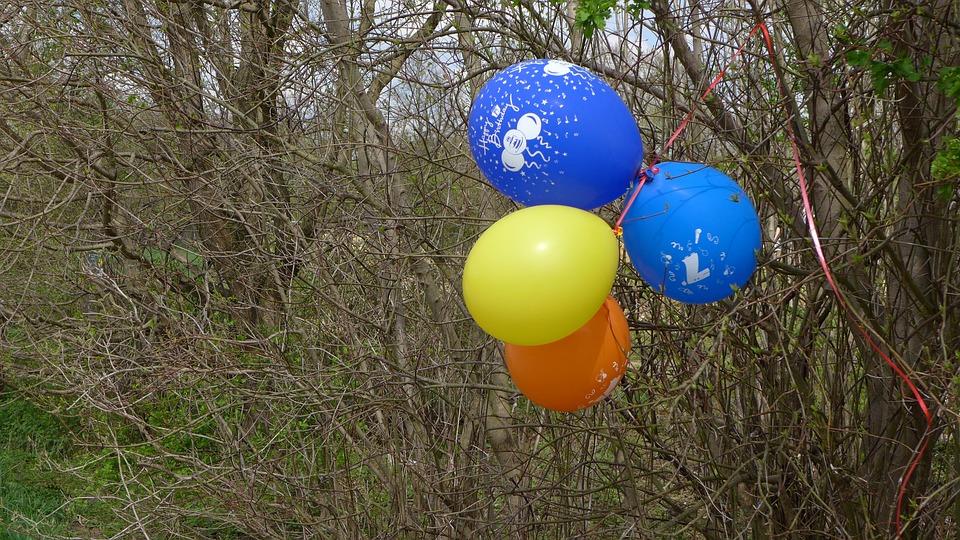 balloons-1328325_960_720%e9%a2%a8%e8%88%b9