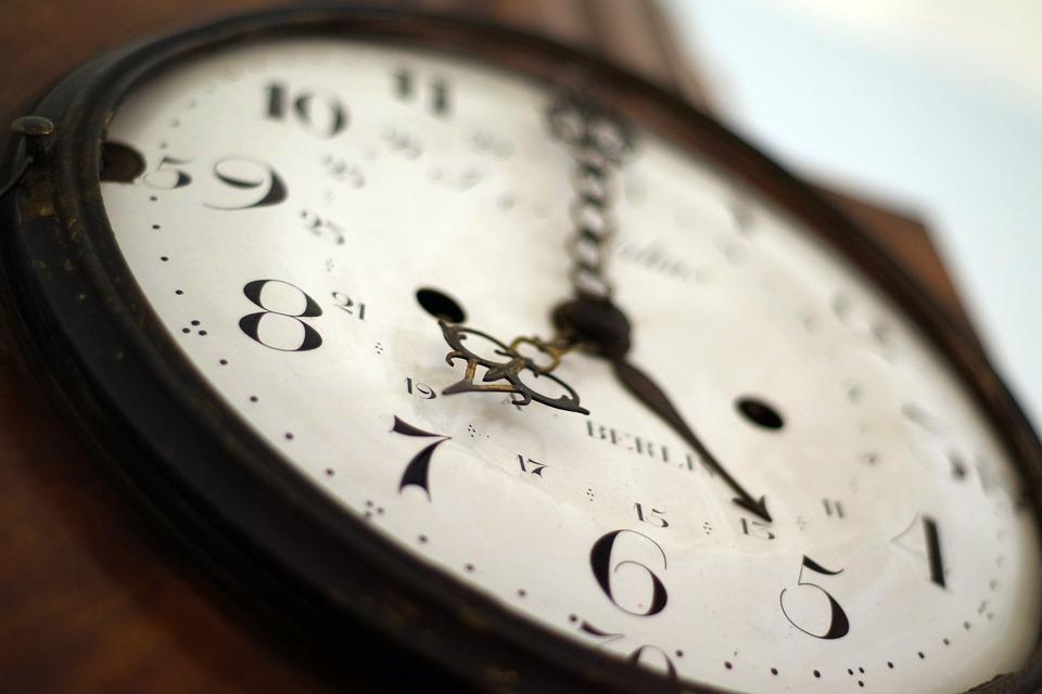 clock-1528798_960_720
