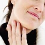 喉が苦しいと感じる原因は?病気の可能性やパニック障害との関係について!