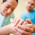 会陰裂傷の痛みはいつまで続く?症状の段階を知ろう!発生した時の対処方法や予防方法も紹介!