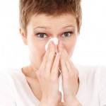くしゃみが臭い原因とは?臭い玉(膿栓)の除去方法と7つの解消方法