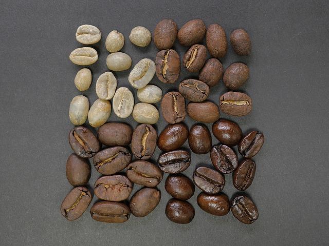 coffee-beans-1082116_640