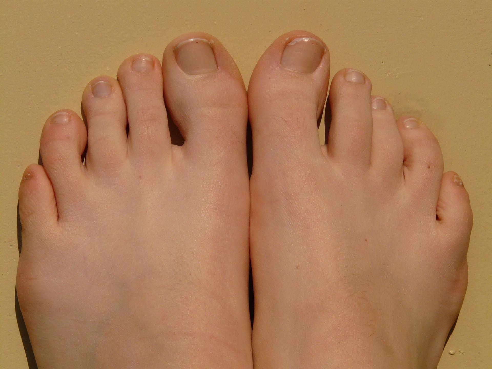 綺麗な足の爪
