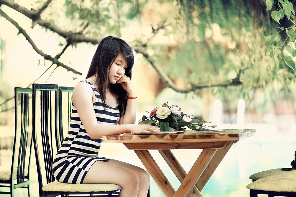 girl-1721404_960_720