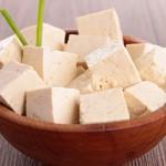 豆腐を食べ過ぎるのは危険?そのリスクや悪影響、1日の目安量を紹介!