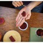 アナトー色素に毒性はあるの?危険性や、どんな食品に含まれているのかを知ろう!