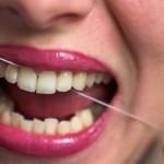 歯茎の出血の原因とは?病気の可能性や症状、対処方法を知ろう!