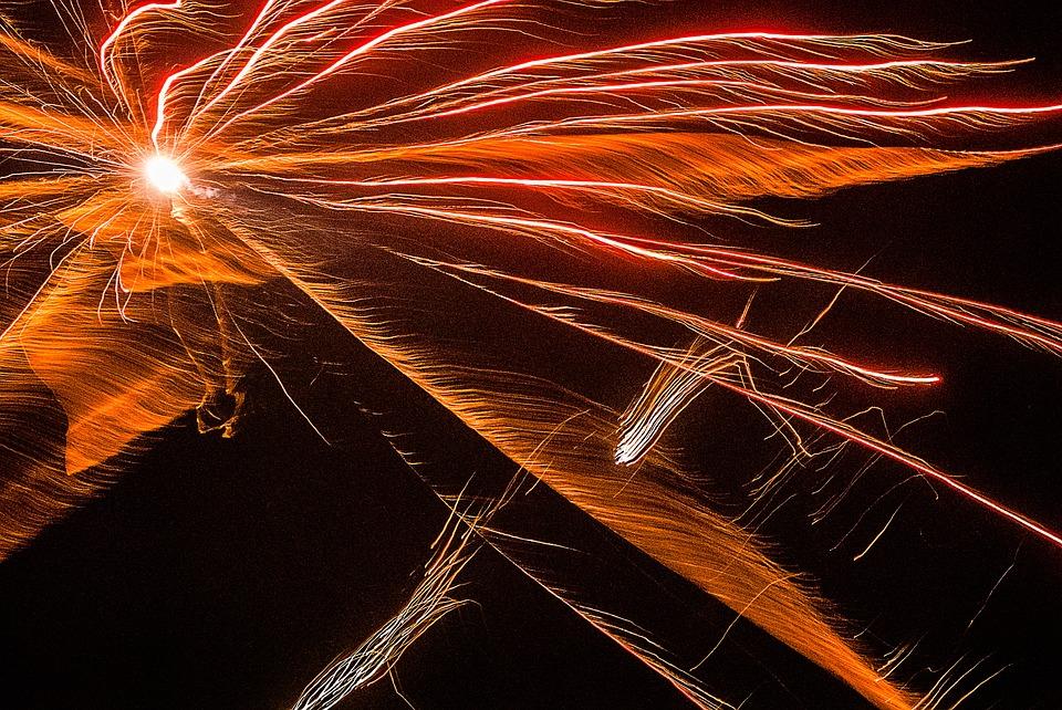 fireworks-1889406_960_720%e7%a5%9e%e7%b5%8c%e7%82%8e2
