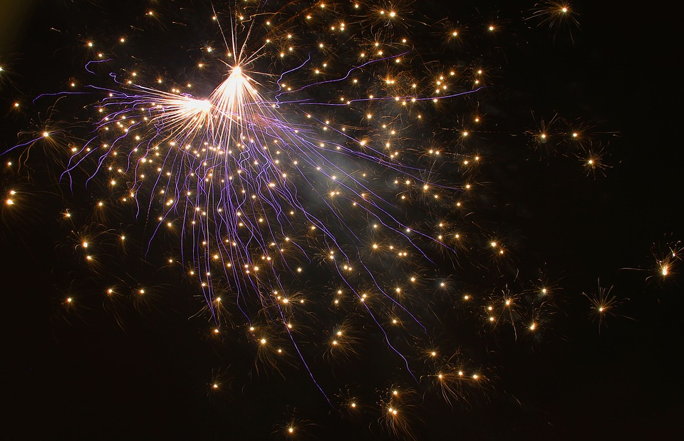fireworks-1889409_960_720%e7%a5%9e%e7%b5%8c%e7%82%8e1