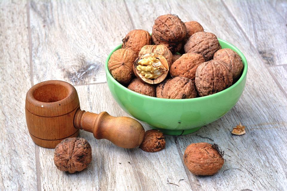 walnut-1710571_960_720