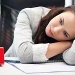 疲れが取れない原因は?精神的疲労と肉体的疲労、それぞれ紹介!改善方法は?